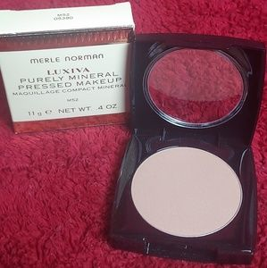 Merle Norman Purely Mineral Pressed Makeup M52